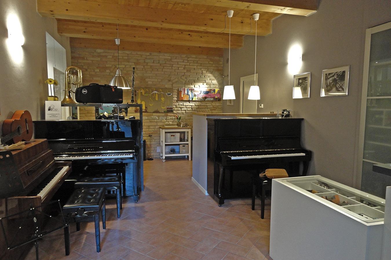 Scaloni Fiati Pianoforti